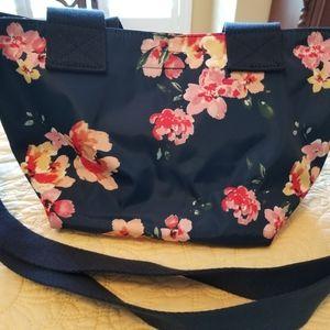 Reversible handbag